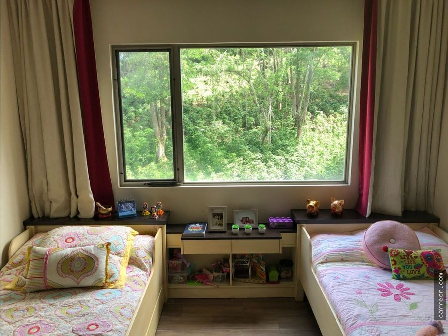 casa en condominio de dos plantas en pinares curridabat