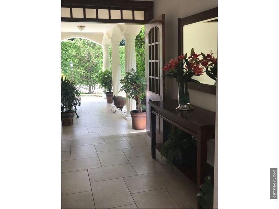 condominio de cuatro habitaciones en venta en lomas de ayarco