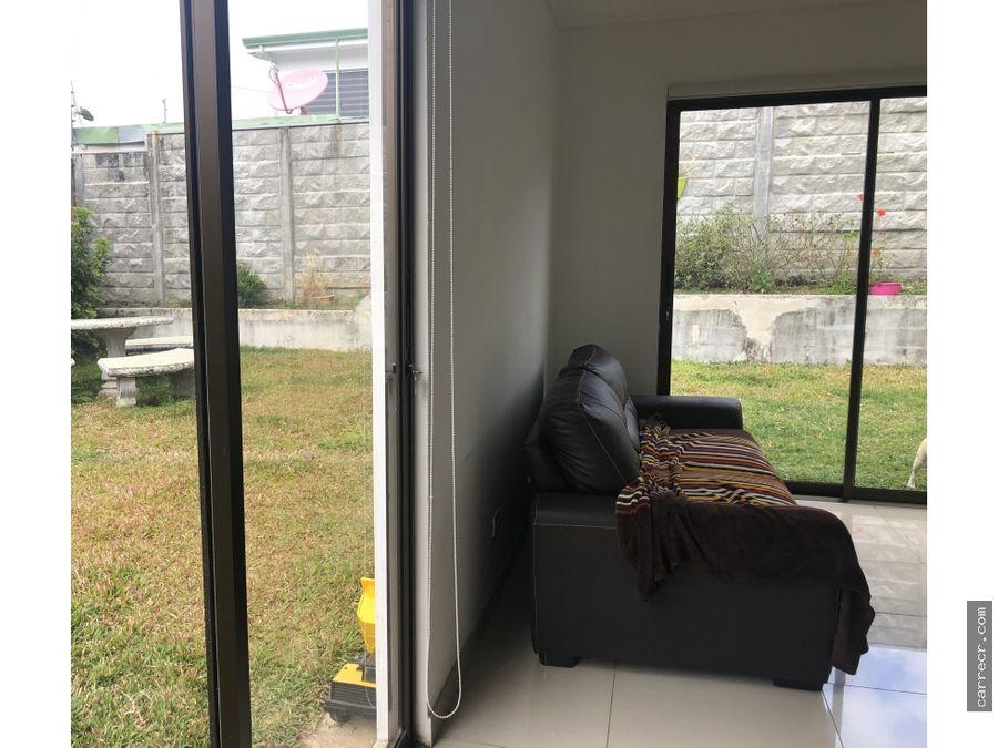 casa de cuatro habitaciones en condominio lomas de ayarco