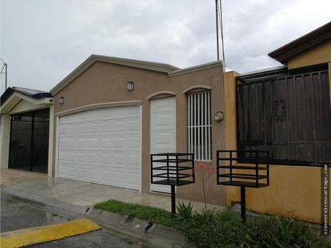 casa en residencial las catalinas