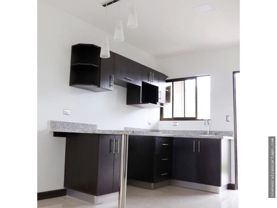casa nueva en condominio cartago