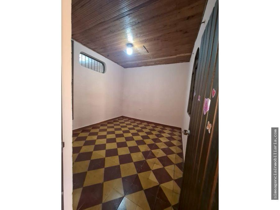 se vende casa en el barrio victoria tulua