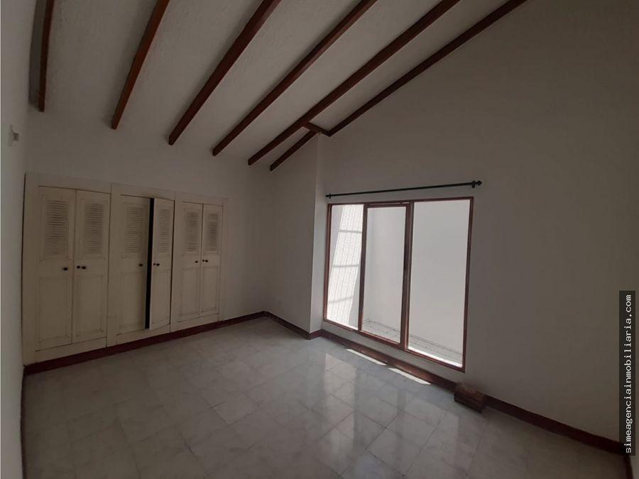 se arrienda casa en el salesianos piso 2 tulua