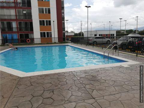 se arrienda apartamento conjunto parques de versalles tulua