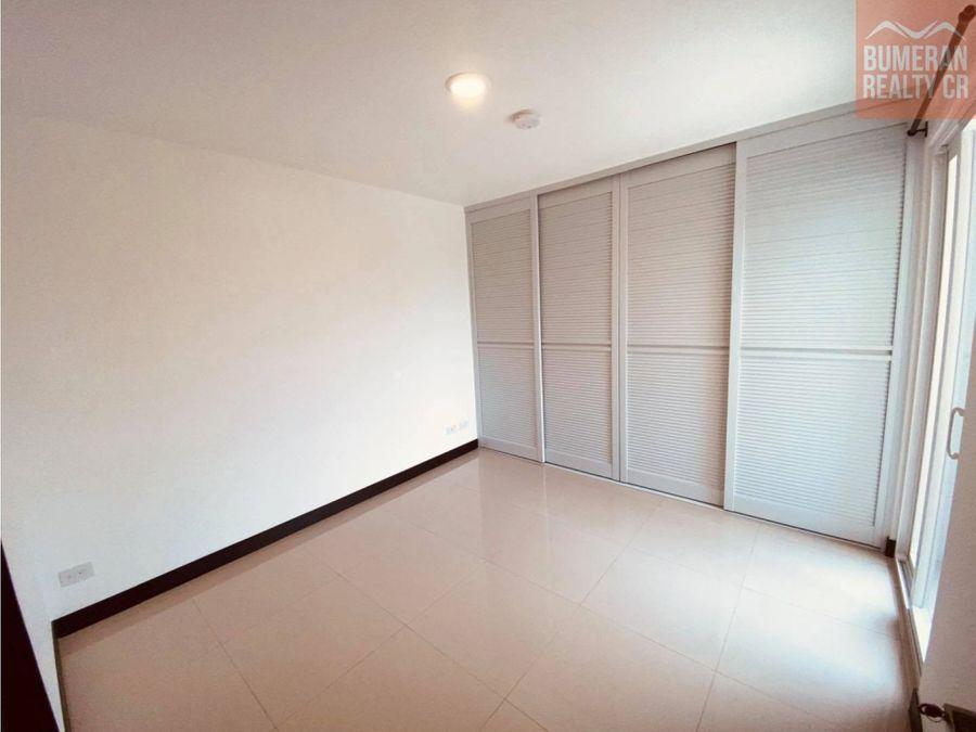 alquiler apartamento en condominio 626