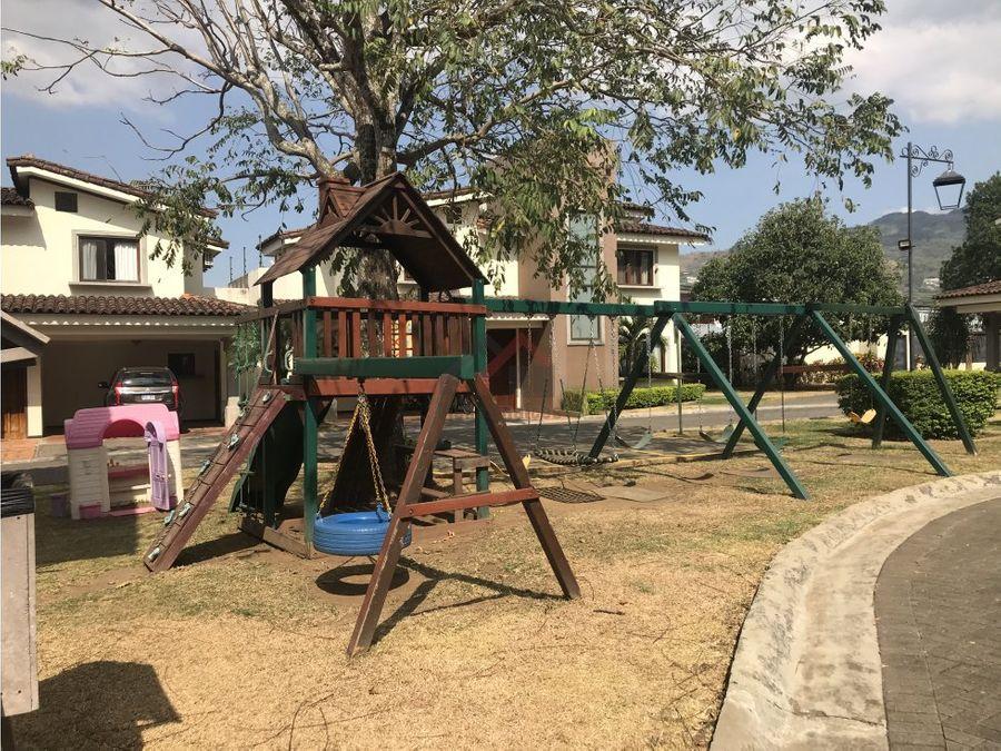 venta de casa en brasil de mora ciudad colon