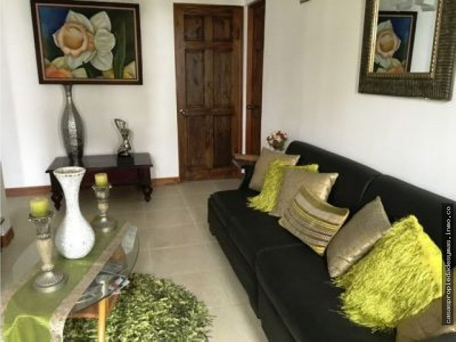 se vende casa en residencial privado en heredia