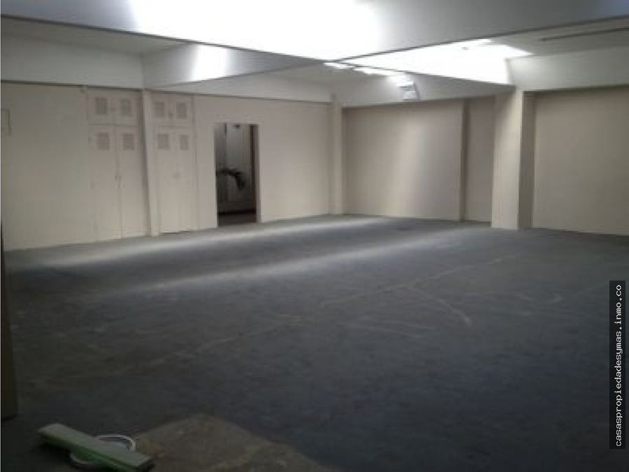se alquila edificio esquinero en san jose centro ideal para oficinas