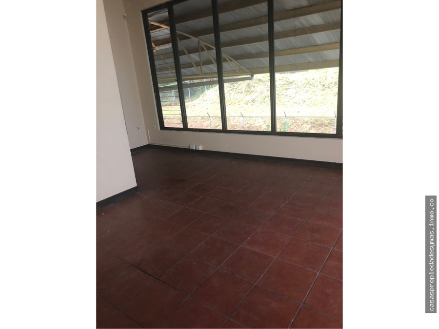 se vende bodega en barreal de heredia