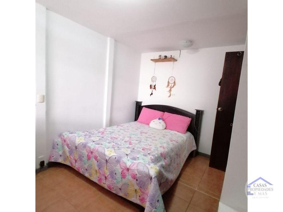 venta casa 2 dormitorios jardin y patio en cartago sn fco