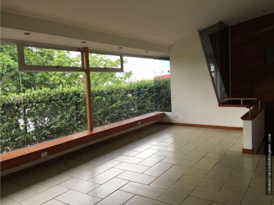 venta de casa contemporanea en condominio en guachipelin escazu