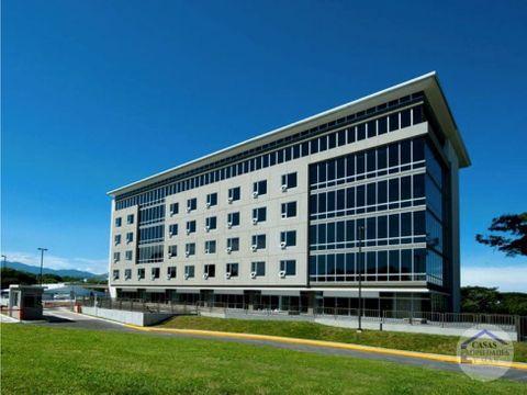 alquiler de oficinas en edificio clase a ubicado cerca del aeropuerto