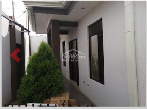 venta casa en residencial los molinos amplia y centrica