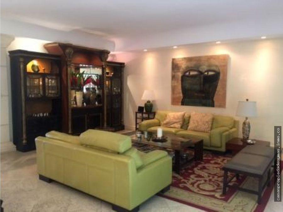 se vende lujosa casa en condominio en san rafael de escazu