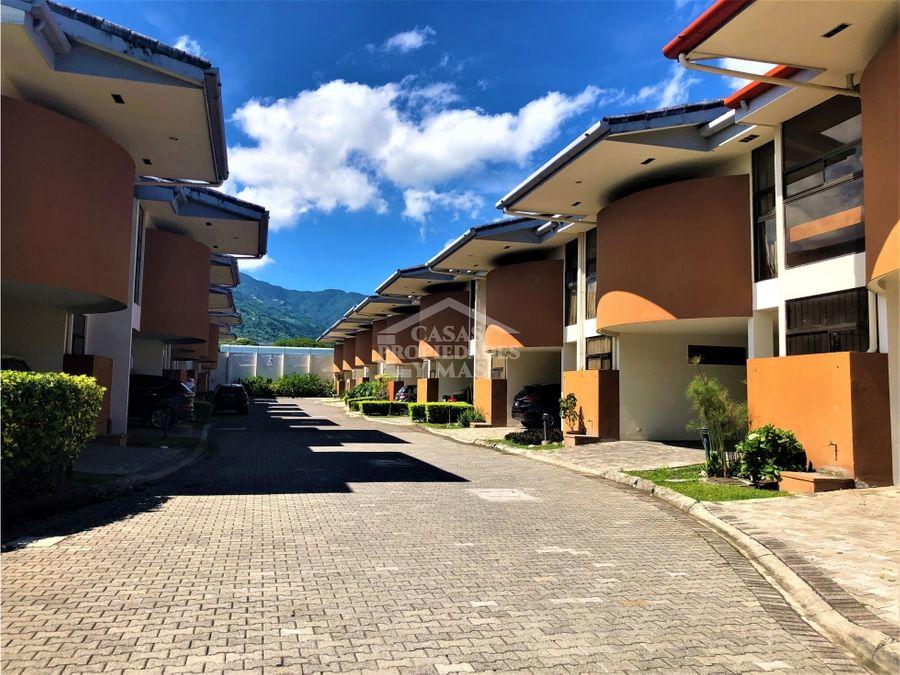 remate bancario se vende casa en condominio en pozos de santa ana