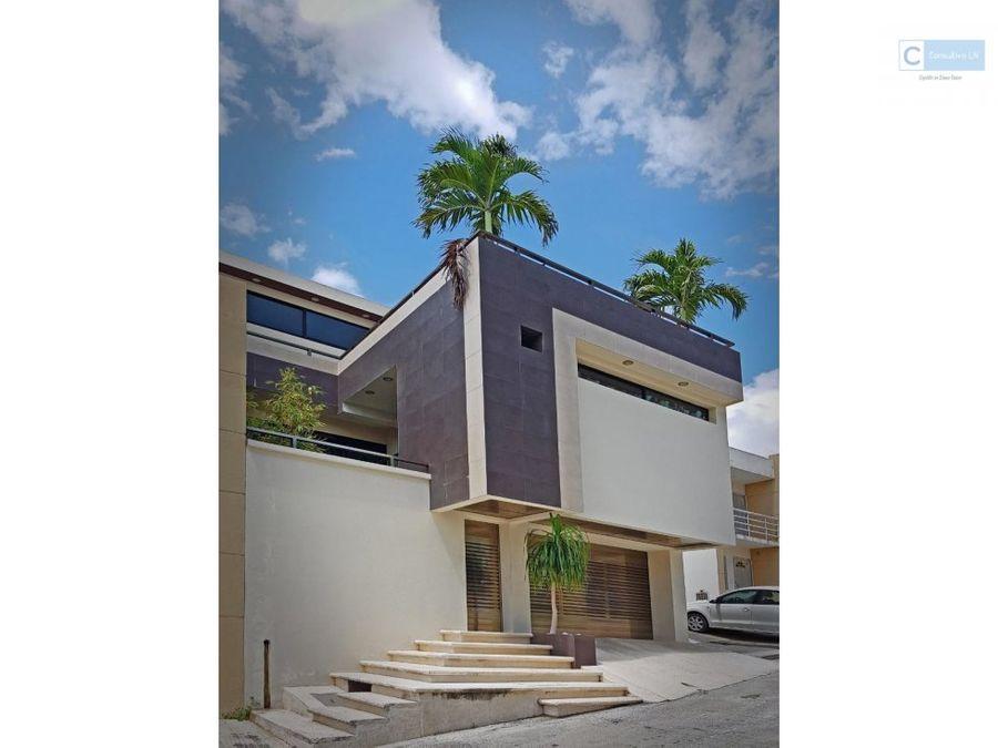 casa en privadas monte real