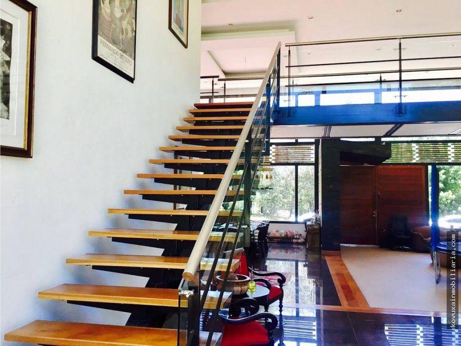 se vende espectacular casa 4022 mts2