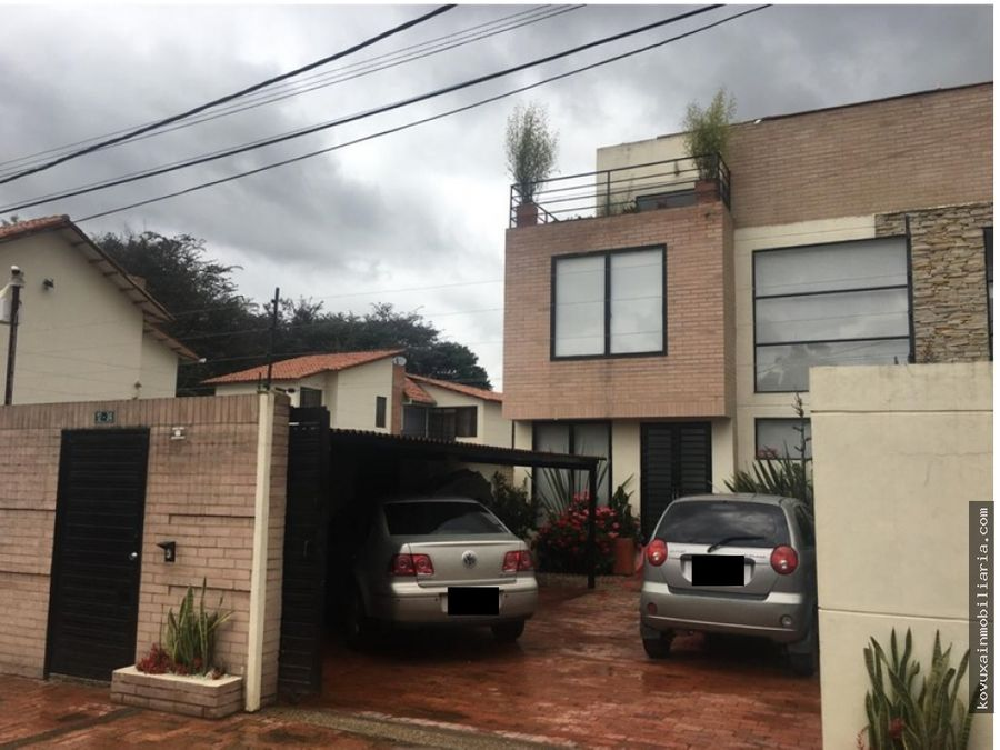 se vende casa en sector el misterio cajica