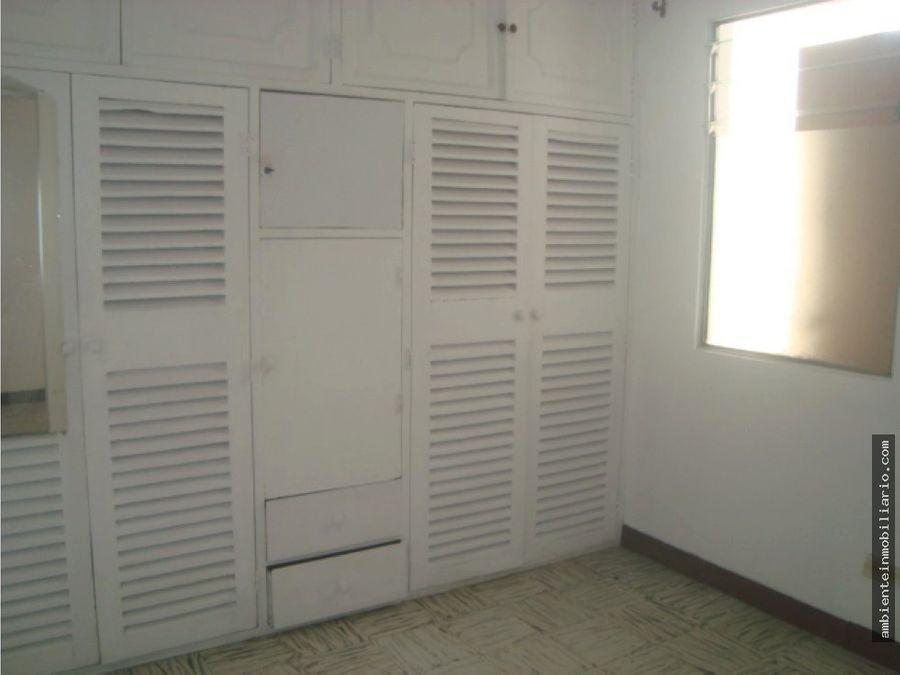 ofrezco apartamento en barrio cristobal