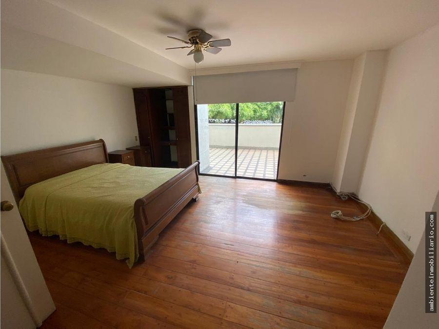 amplio apartamento ubicado en excelente lugar