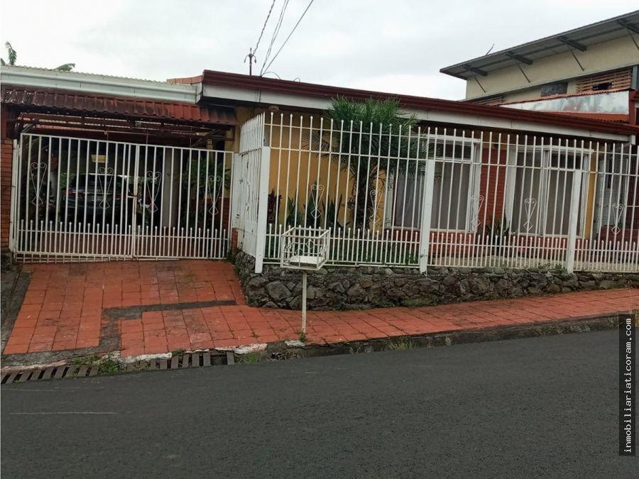 se vende casa y apartamento en naranjo