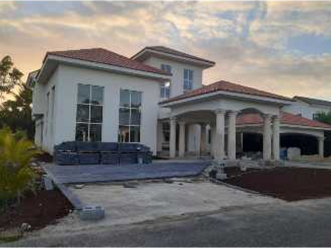 vendo villa en metro country club us950 mil