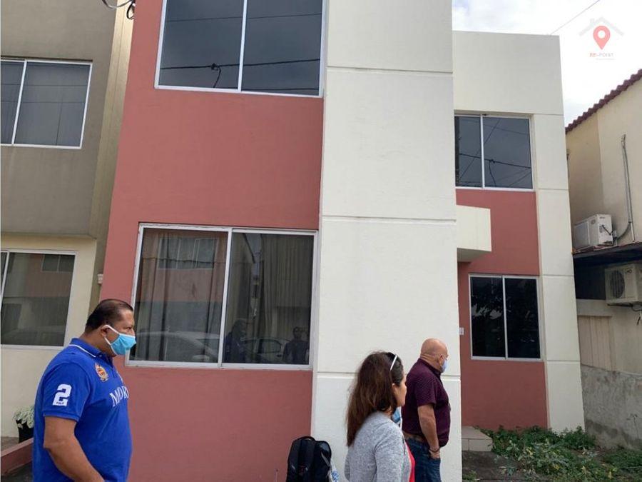 alquiler de casa urbanizacion castilla