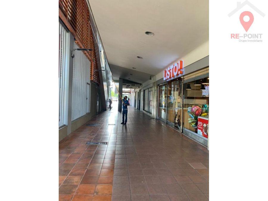 alquiler de local comercial av quito y 9 de octubre