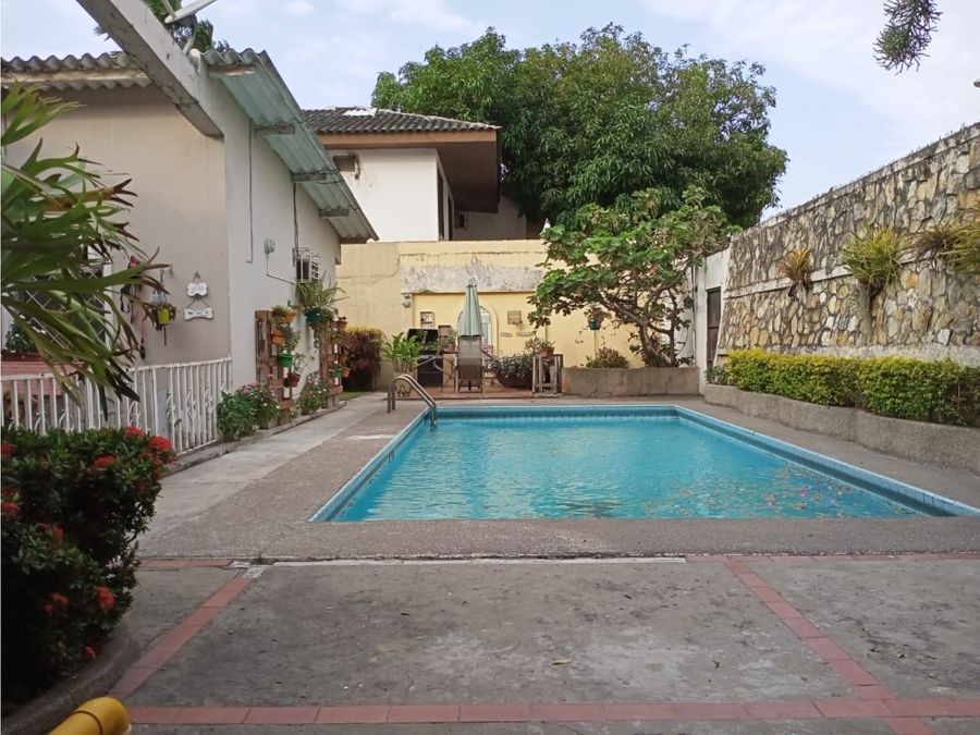 venta de casa de 1 planta con piscina ceibos