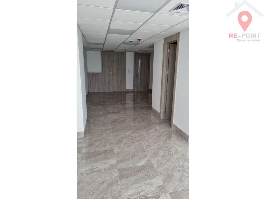 alquiler de oficina edificio platinium 1