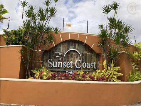 casa en sunset coast costa sur