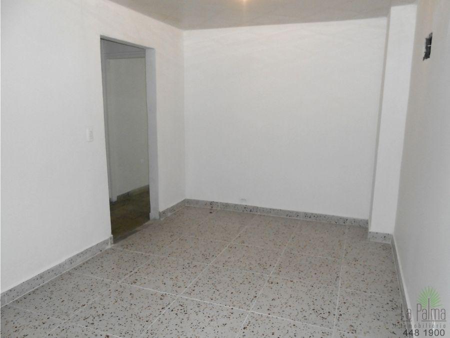 casa en arriendo en prado centro cod 5961