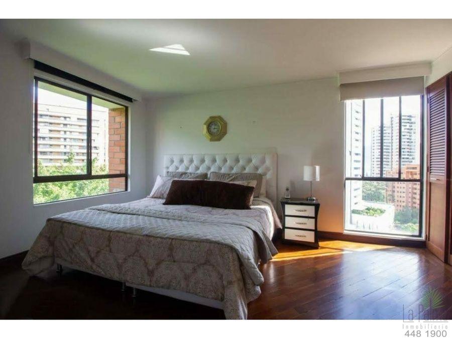 apartamento en venta en el poblado cod 6476