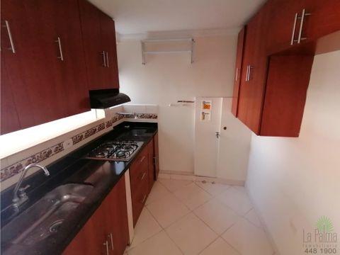 apartamento en arriendo en villa hermosa cod 5905