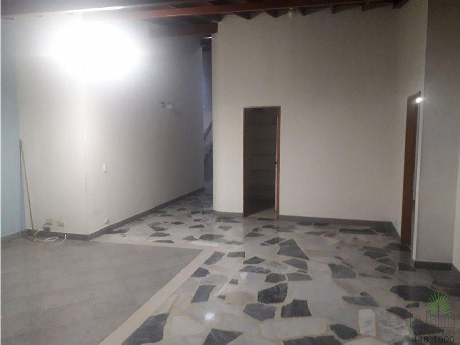 apartamento en arriendo en el poblado cod 5379