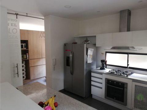 apartamento en venta en el poblado cod 5576