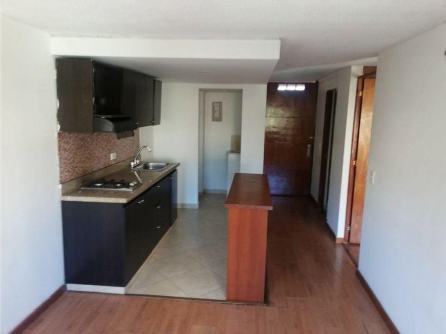 apartamento en arriendo en bombona cod 4703