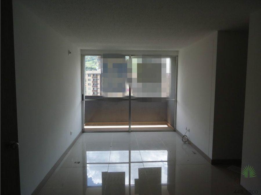 apartamento en venta en sabaneta cod 2499