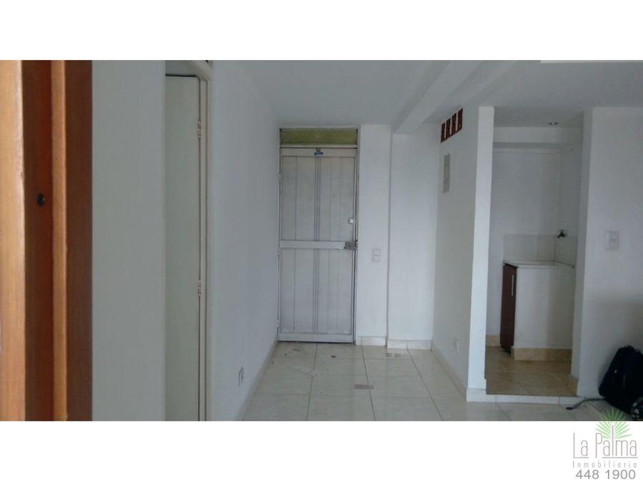 apartamento en arriendo en el centro cod 6498