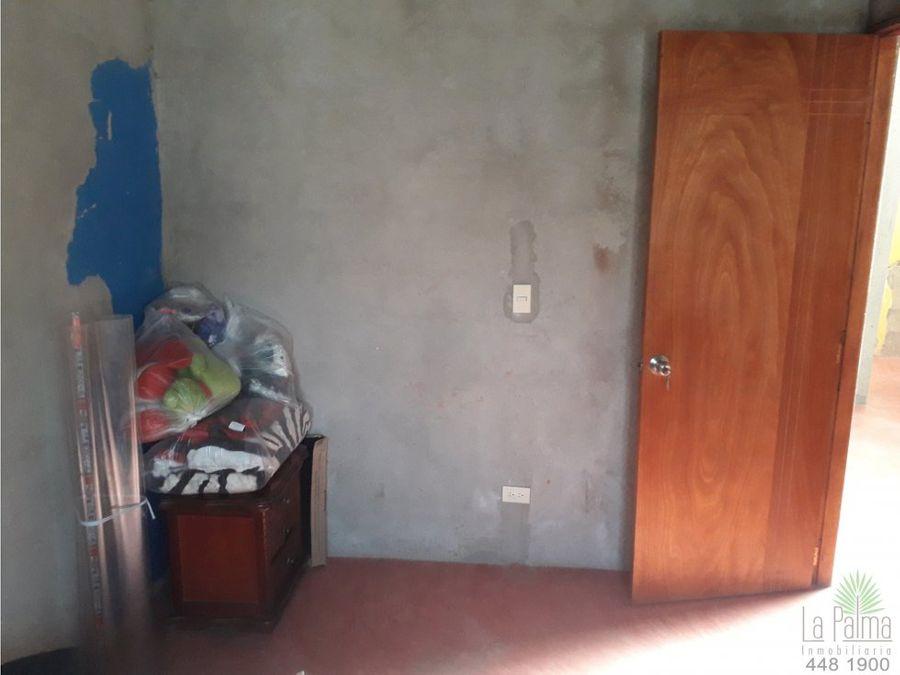 casa en venta en enciso cod 5504