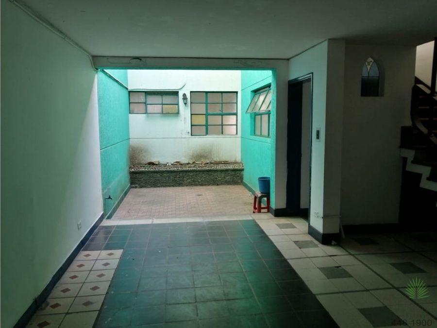 casa en arriendo en villa hermosa cod 5641