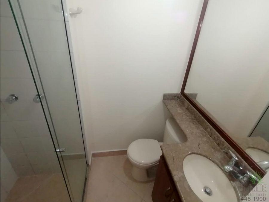 apartamento en arriendo en poblado cod5921