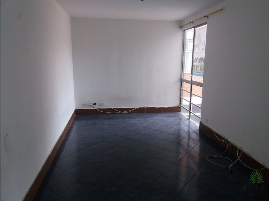 apartamento en arriendo en el centro cod 5704
