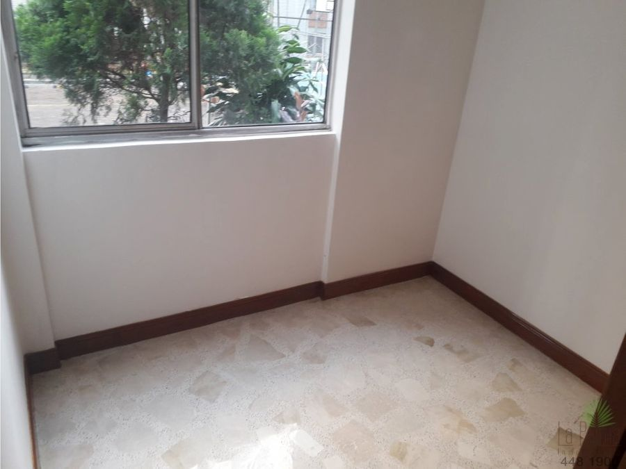 apartamento en arriendo en el centro cod 5459