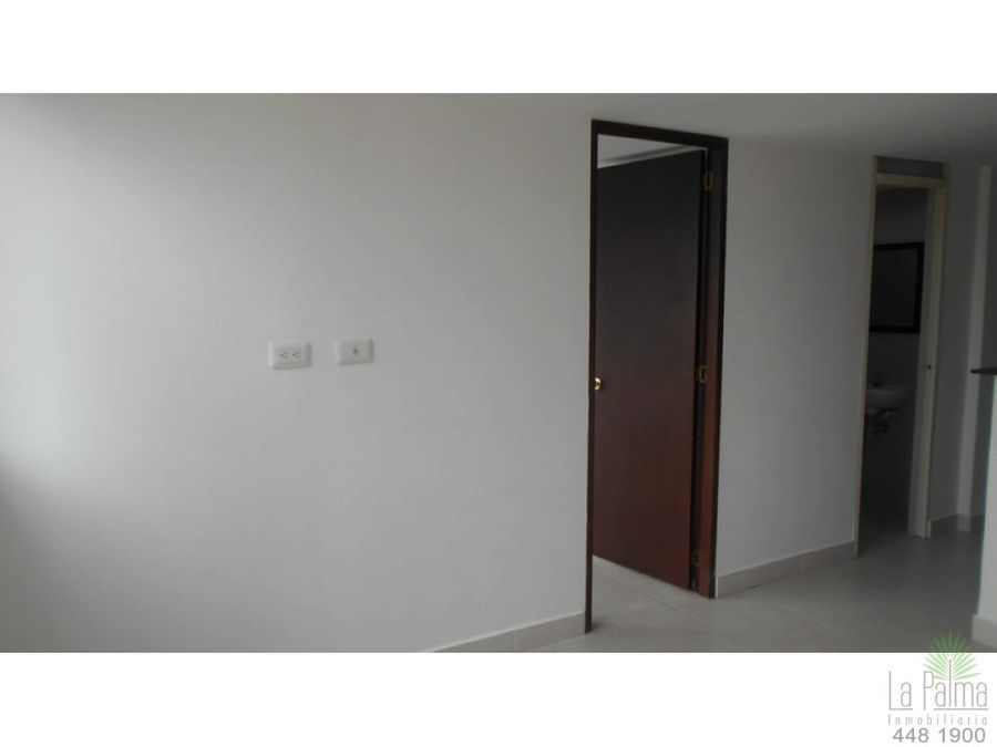 apartaestudio en arriendo en centro cod 3926