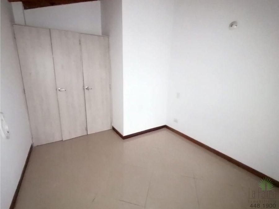 apartamento en arriendo en laureles cod 6384