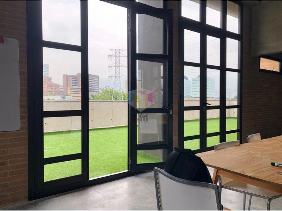 oficina local para arriendo 674m2 barrio colombia