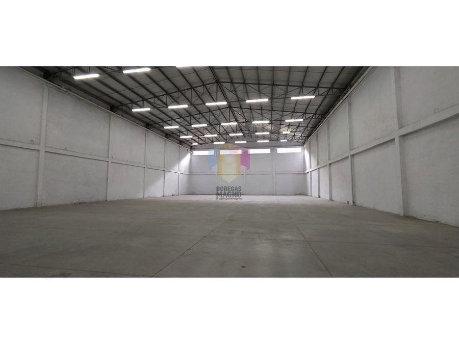 bodega arriendo la tablaza 1596 m2 parque industrial medellin