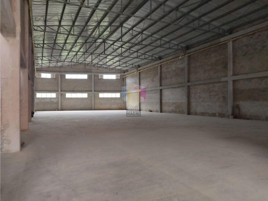 bodega arriendo la tablaza 3430 m2 parque industrial medellin