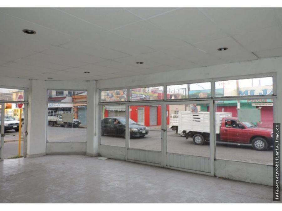 local comercial remodelado en calle juarez